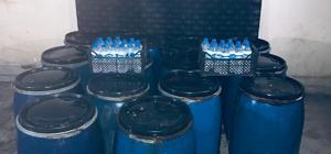 Hatay'da kaçak içki operasyonu Yılbaşı tedbirleri kapsamında, 1620 litre ve 49 pet şişe kaçak içki ele geçirildi