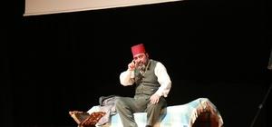 Yozgat'ta 'Gitme Ey Yolcu' tiyatro oyunu sergilendi