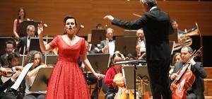 Yaşar Üniversitesi Senfoni Orkestrasından yeni yıl konseri