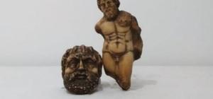 Tarihi eser kaçakçılarına büyük darbe 651 adet tarihi sikke ve bir mermer heykel ele geçirildi