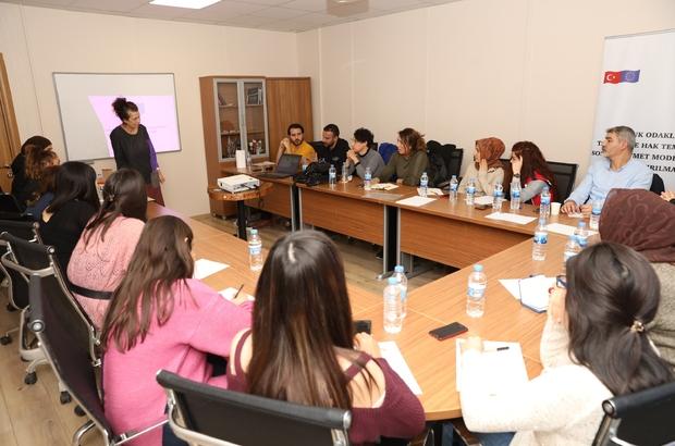 Büyükşehir personeline 'Çocuk odaklı belediyecilik' ve 'stratejik planlama' eğitimi