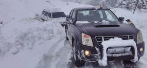 Antalya'da kar yağışı nedeniyle kapanan yollar açılıyor