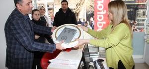 Bismil Belediyesi'nden esnafa yeni yıl hediyesi