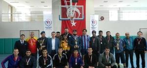Özvatan'da kurumlar arası futsal müsabakaları sona erdi