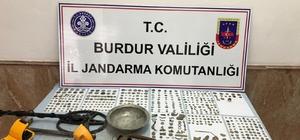 Burdur'da Roma Bizans Dönemine ait tarihi eserler ele geçirildi Şüpheli iki kişi eserleri satamadan yakalandı