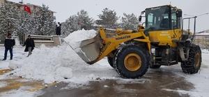 Aşkale'de karla mücadele seferberliği