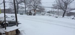 Kar ve fırtına Balıkesir'de etkili oldu Kıyı ilçelerde fırtına etkili olurken, dağlık alan beyaza büründü