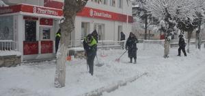Çifteler Belediyesinden örnek kar çalışması