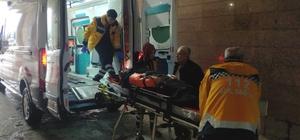 Yoldan çıkan araç su kanalına uçtu: 3 yaralı