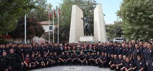 Denizli'de itfaiye ekipleri 2019 yılında 6 bin 997 olaya müdahale etti İtfaiye ekipleri 4 bin 178 yangın vakasına gitti Denizli itfaiyesi 2019 yılında 42 bin 182 ihbarı değerlendirdi