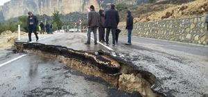 Mersin'de yol çöktü Yolda 1 ile 8 metre arasından yarıklar oluştu