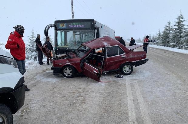 Eskişehir'de trafik kazası: 2 ölü Başarılı genç avukat kazada hayatını kaybetti