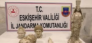Jandarma tarihi eser kaçaklığına göz açtırmadı Roma dönemine ait 3 heykel kafası ve 2 kadın heykeli ele geçirildi, 2 şüpheli yakalandı