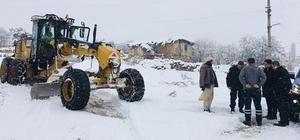 Aslanapa köylerinde karla mücadele çalışmaları