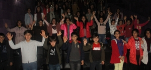 Bismil Belediyesi öğrencileri sinemayla buluşturmaya devam ediyor