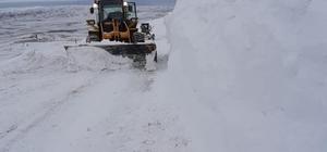 Kar kalınlığı 2 metreye buldu