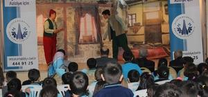 Aziziye'de karne hediyesi tiyatro seyri Başkan Orhan; 3 bin çocuğumuzu tiyatro ile buluşturacağız Aziziye'de tiyatro izlemeyen çocuk kalmayacak