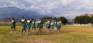 Arapgirspor'un Antalya kampı sürüyor