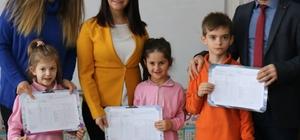 Başkan Tekin, öğrencilerin karne heyecanlarına ortak oldu