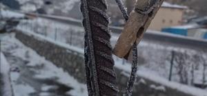 Termometreler eksi 30,4'ü gösterdi Kapı kilidi bile buz tuttu