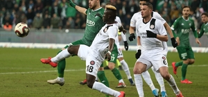 TFF 1. Lig: Bursaspor: 2 - Fatih Karagümrük: 1