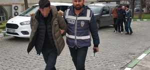 """""""FETÖ'ye adın karıştı"""" diyerek evlerde arama yapıp para ve altınları alan sahte polisler yakalandı"""