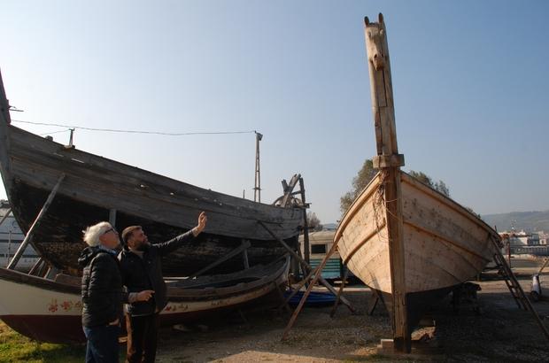 Türklerin yaptığı çivisiz tekne, Almanların Truva belgeselinde kullanılacak Çivisiz tekne, Truva efsanesine ışık tutacak Alman belgeselci, Truva efsanesine ışık tutacak belgeseli için Türkler tarafından yapılan çivisiz tekneyi kullanacak