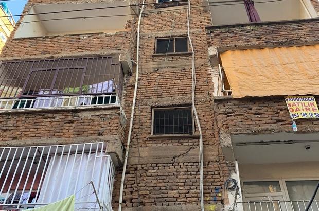 Bağlar'da 30'a yakın yapıda hasar tespit edildi, iki katlı bina boşaltıldı