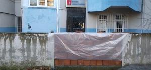 CHP'li Başkan hacze kızdı, vergi dairesinin yolunu kapattı