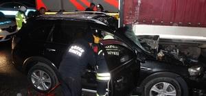 Otomobiller tıra arkadan çarptı: 5 yaralı TEM'de iki ayrı kazada 5 kişi yaralandı TEM'de yağışlar kazaları beraberinde getirdi