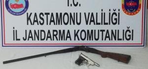 Kastamonu'da fuhuşa aracılık yapan şahıs tutuklandı Jandarma ekiplerinden fuhuş operasyonu