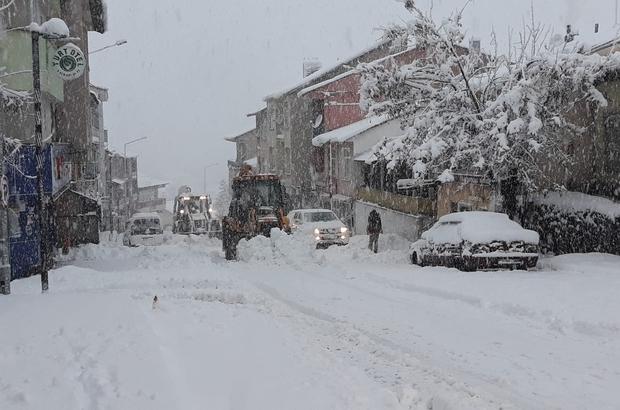 Tunceli'de kar yağışı etkili oldu, 171 köy yolu kapandı