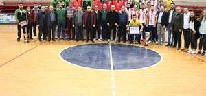 """2019-2020 sezonu Erkekler Salon Hokeyi Süper Ligi sona erdi THF Başkan Vekili Bayram Yüksel: """"Hokey Türkiye'de hızla yayılıyor, modern sahalar inşa ediliyor"""""""