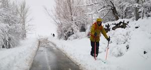 Turistlerin Aksaray Güzelyurt'ta tarih gezisi ve kayak eğlencesi