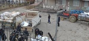 Depremzede çiftçilere 25 ton kaba yem dağıtıldı