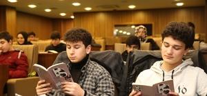 Altınordu Belediyesinde 'kitap kritiği' Altınordu Belediyesi 'Okuyoruz işte' projesine ev sahipliği yaptı