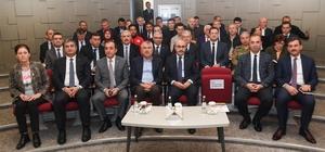 """Vali Demirtaş: """"Deprem öldürmez, bina öldürür"""" Afetlere karşı alınacak tedbirler ve yapılacak çalışmalar Vali Demirtaş'ın başkanlığında değerlendirildi"""