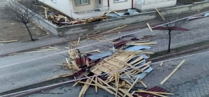 Yozgat'ta fırtına 1 kişinin yaralanmasına neden oldu