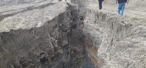 Adana'da korkutan heyelan