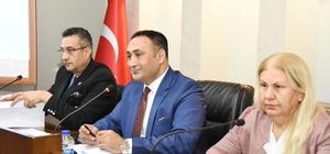 Meclis üyelerinden Başkan Yılmaz'a Kar Festivali teşekkürü