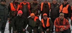 Bulgar avcılar, Kırıkkale'de 22 yaban domuzu avladı