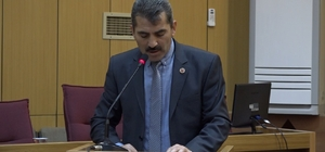Meclis üyesinden Yunan vekile Tokat gibi cevap Sivas İl Genel Meclisi üyesi Faruk Gülhan'ın meclis toplantısında, Türk Bayrağını Yırtan Yunan Milletvekilini hedef alan konuşması ilgi odağı oldu