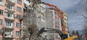 Depremin bilançosu artıyor Malatya'da 5 bin 328 konut ağır hasarlı