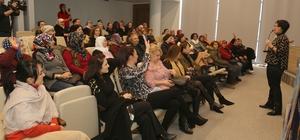 Mezitli'de kadınlara mutlu bir aile için iletişim eğitimi verildi