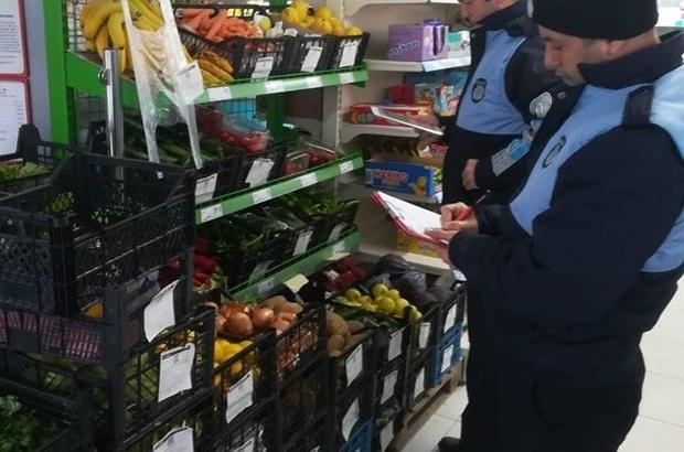 Büyükşehir ekipleri Salihli'de ulaşımı, Akhisar'da pazar ve manavları denetledi