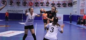 Türkiye Kadınlar Hentbol Süper Ligi Kastamonu Belediyespor : 34 - Yalıkavak Spor Kulübü: 30 Kastamonu Belediyespor, ligde namağlup yoluna devam ediyor