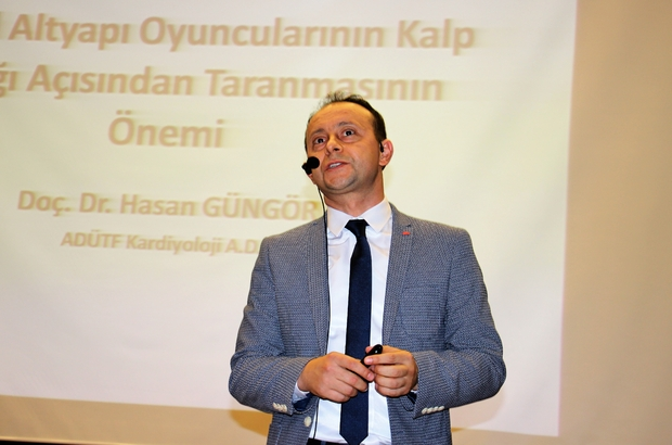 """Doç. Dr. Hasan Güngör: """"Çocuklarımızı saha içinde kaybetmemek için taramadan geçirmeliyiz"""" Futbol sahalarında nadiren de olsa görülen ani ölümler, futbolda psikolojik faktörlerin önemi ve doğru beslenme Aydın'da masaya yatırıldı"""