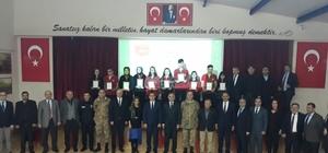 10 bin lirayı TSK'ya bağışlayan lise öğrencileri madalya ve beratla ödüllendirildi