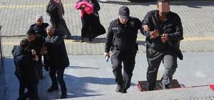 Kanalizasyon ızgara demiri çalan hırsızlar tutuklandı