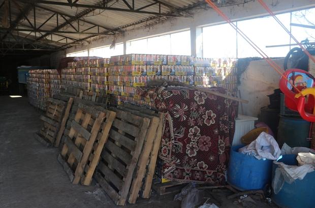 Manisa'da kaçak içki operasyonu 450 bin TL'lik kaçak alkollü içkiyi piyasaya süreceklerdi